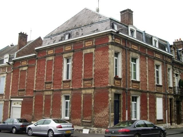Sale house / villa Saint quentin 123 100€ - Picture 1