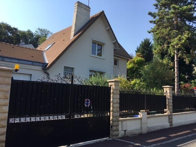 Revenda residencial de prestígio casa Marly le roi 960000€ - Fotografia 3