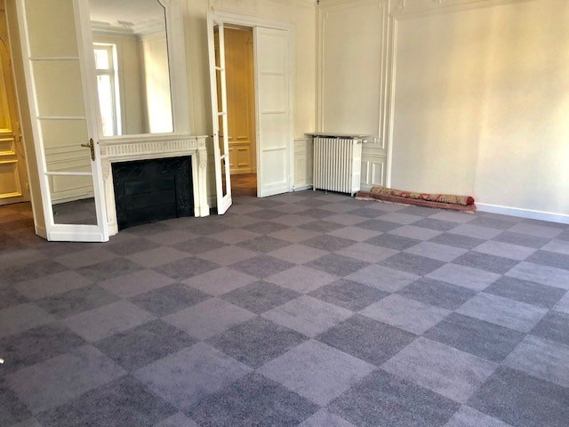 Location bureau Paris 8ème 15 333€ HC - Photo 3