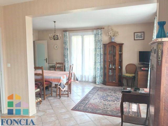 Sale house / villa Bergerac 161000€ - Picture 2