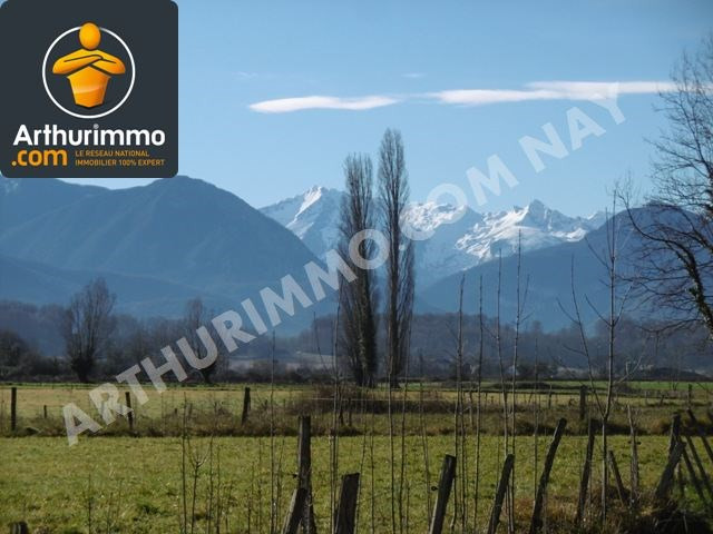 Sale site Nay 93990€ - Picture 1
