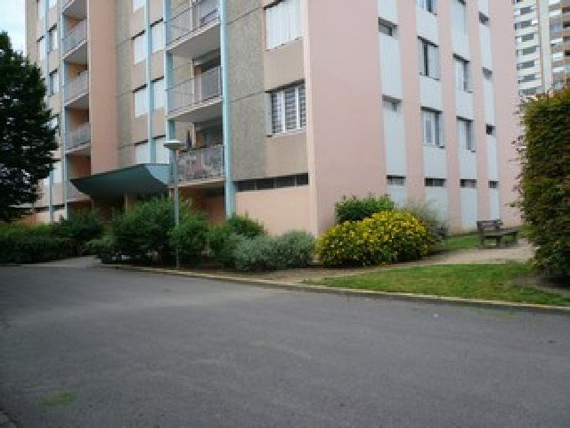 Rental apartment Chalon sur saone 394€ CC - Picture 2