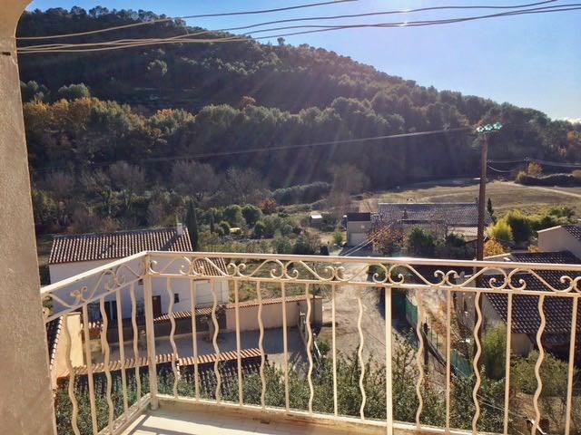 Location appartement Le castellet 760€ CC - Photo 2
