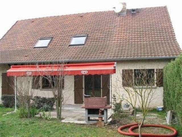 Location maison / villa Crissey 930€ CC - Photo 6