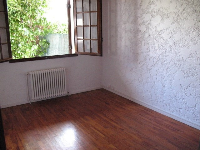 Location maison / villa Saint jean d'illac 860€ CC - Photo 4