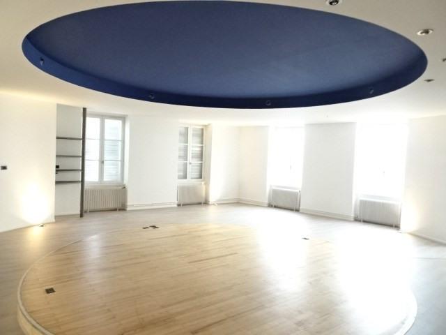 Location appartement Villefranche sur saone 681,50€ CC - Photo 1