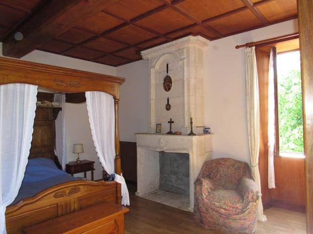Vente maison / villa Tonnay-boutonne 249100€ - Photo 9