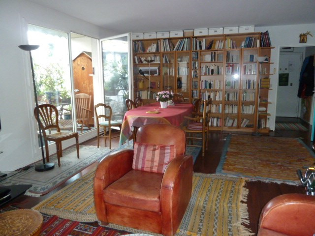 Sale apartment Paris 18ème 834 000€ - Picture 1