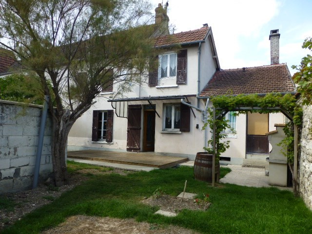 Location maison / villa Bennecourt 900€ CC - Photo 1