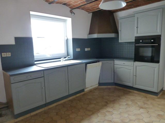 Rental house / villa Freneuse 735€ CC - Picture 1