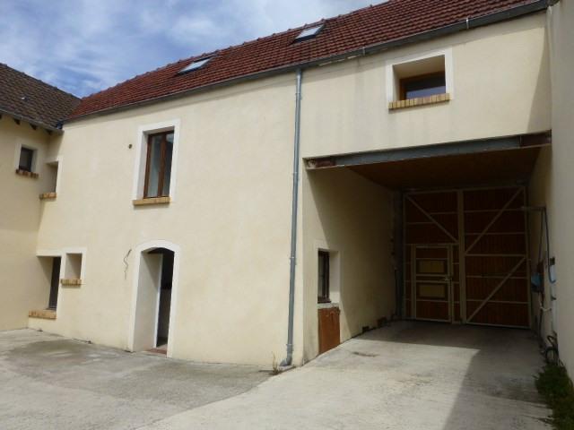 Rental house / villa Freneuse 689€ CC - Picture 1