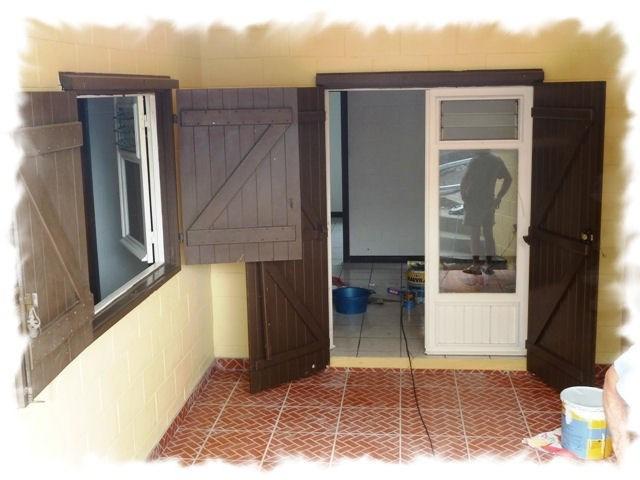 Sale house / villa Petite ile 190460€ - Picture 3