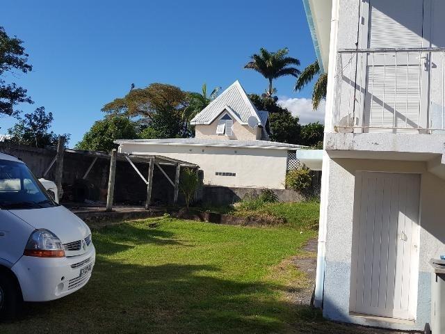 Deluxe sale house / villa Ste clotilde 570000€ - Picture 2