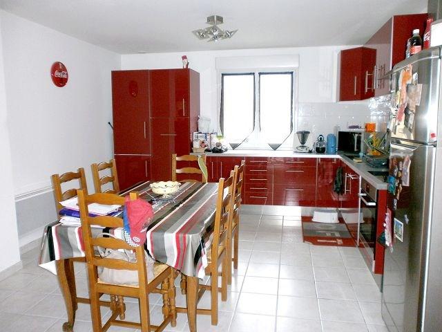 Rental house / villa La verpilliere 980€ CC - Picture 1
