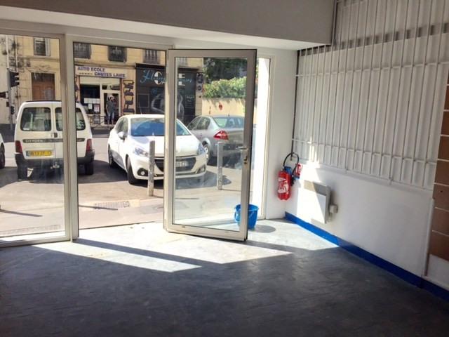 Location boutique Marseille 4ème 450€ CC - Photo 1