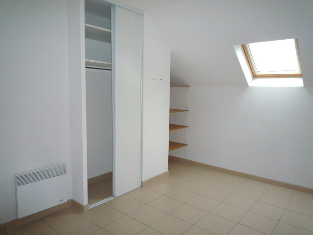 Rental apartment Pomponne 1 300€ CC - Picture 5