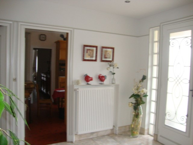 Vente maison / villa Saint-jean-d'angély 284850€ - Photo 3