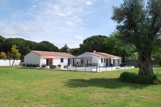 Deluxe sale house / villa Aigues mortes 885000€ - Picture 2