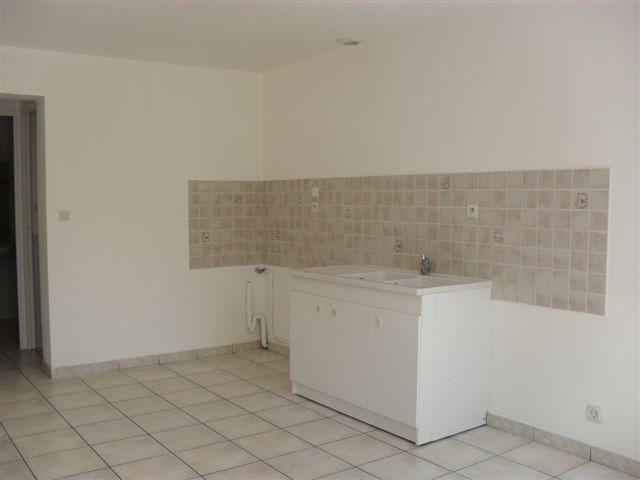 Verhuren  huis Carentan 635€ CC - Foto 4