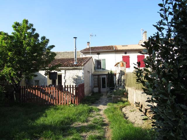 Sale house / villa Saint-julien-de-l'escap 106 500€ - Picture 1