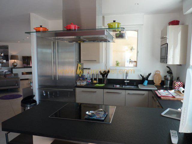 Vendita nell' vitalizio di vita appartamento Rayol-canadel-sur-mer 283000€ - Fotografia 8