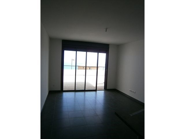 Location appartement St denis 578€ CC - Photo 1