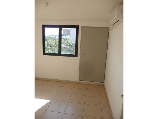 Location appartement La possession 514€ CC - Photo 4