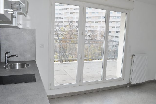 Location appartement Marseille 9ème 570€ CC - Photo 3