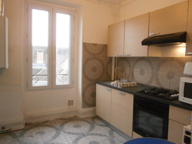 Rental apartment Fontainebleau 1817€ CC - Picture 8