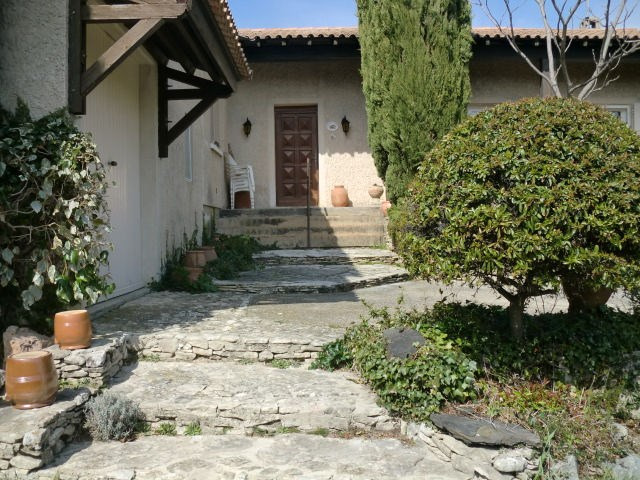Vente maison / villa Le thor 341000€ - Photo 14