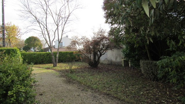 Sale house / villa Saint-jean-d'angély 128 800€ - Picture 3