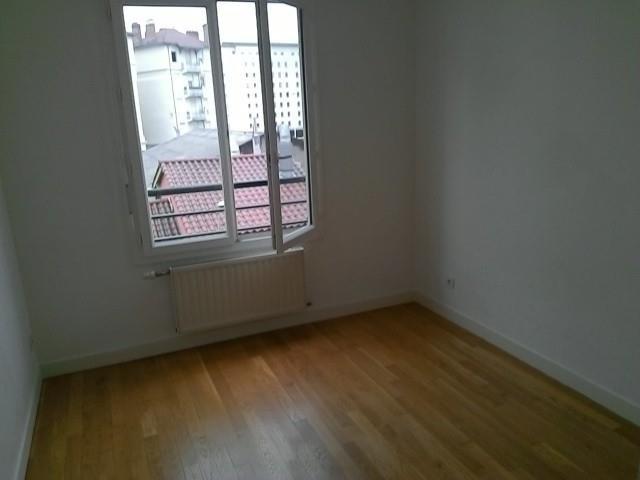 Location appartement Lyon 3ème 922€ CC - Photo 3