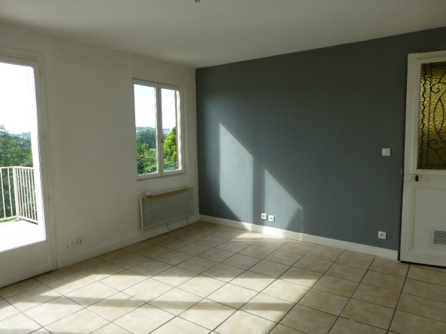 Rental house / villa Bennecourt 500€ CC - Picture 1