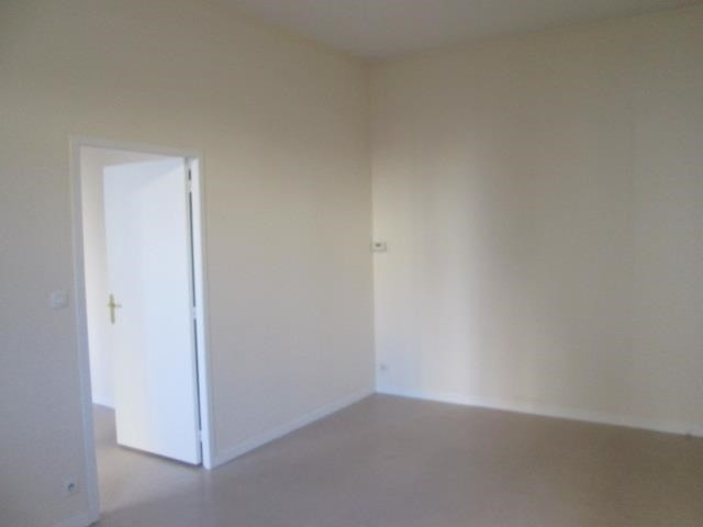 Location appartement Lyon 7ème 667€ CC - Photo 4
