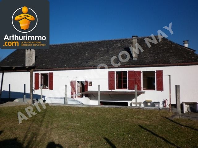Investment property house / villa Nay 167 800€ - Picture 1