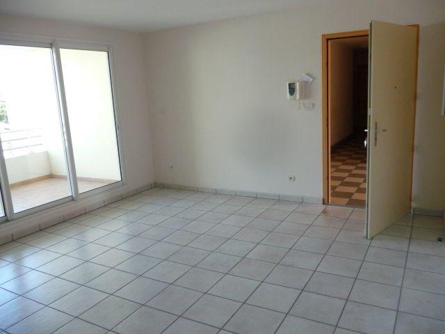 Location appartement L etang sale 690€ CC - Photo 3