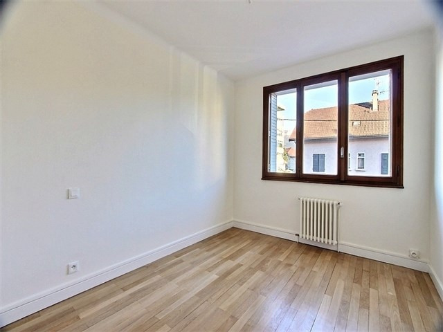 Location appartement Annecy 870€ CC - Photo 5