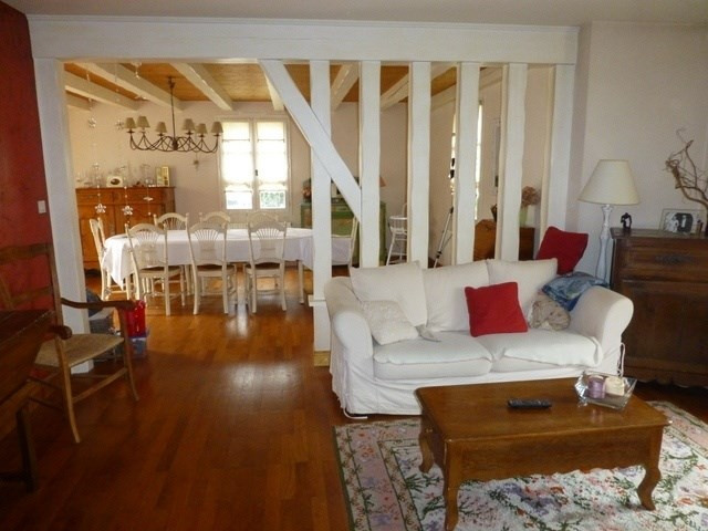 Sale house / villa Saint-jean-d'angély 339 600€ - Picture 4
