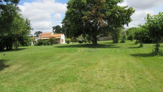 Sale house / villa Surgères 190800€ - Picture 2