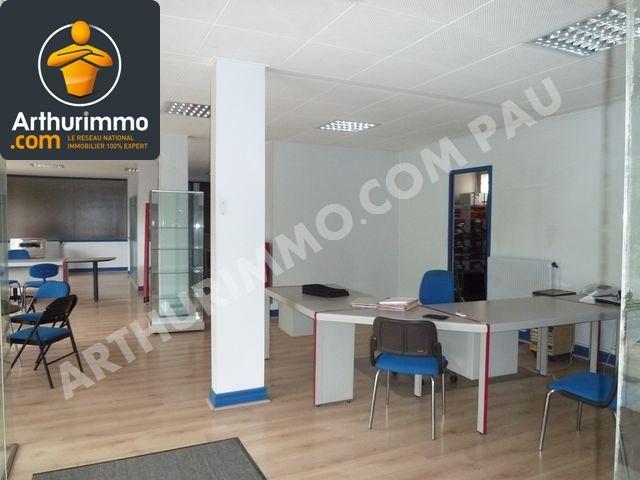 Investment property loft/workshop/open plan Pau 157350€ - Picture 3
