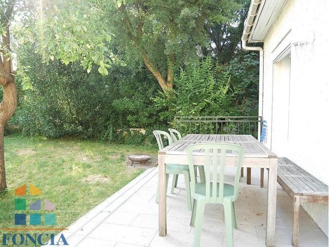 Location maison / villa Suresnes 2 740€ CC - Photo 3