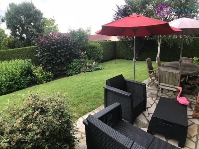 Sale house / villa Lesigny 450000€ - Picture 2