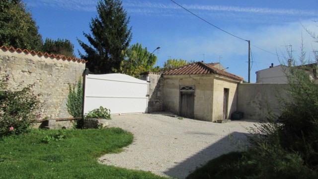 Sale house / villa Saint-jean-d'angély 217300€ - Picture 4