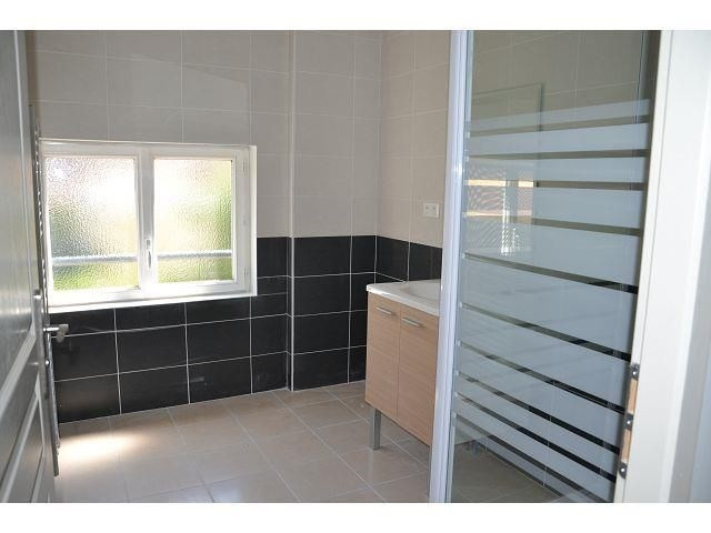 Location appartement Villefontaine 698€ CC - Photo 3