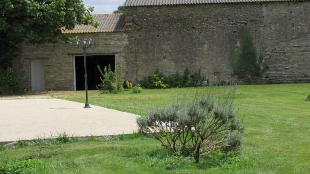 Sale house / villa Surgères 190800€ - Picture 12