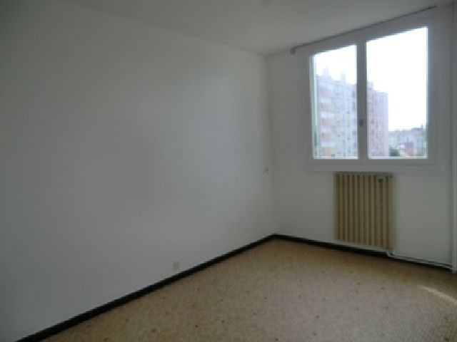 Rental apartment Chalon sur saone 560€ CC - Picture 6