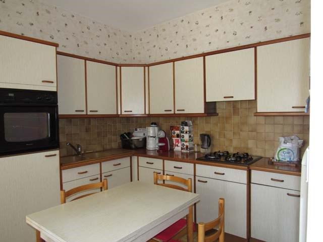 Sale house / villa Saint jean d'angély 249100€ - Picture 6