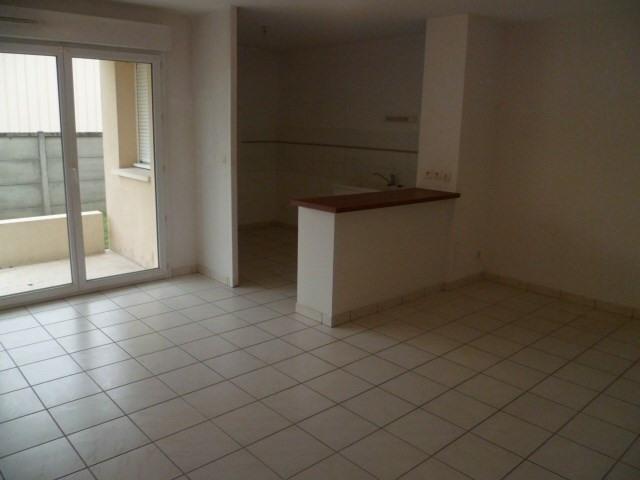 Location appartement Ambares et lagrave 695€cc - Photo 2