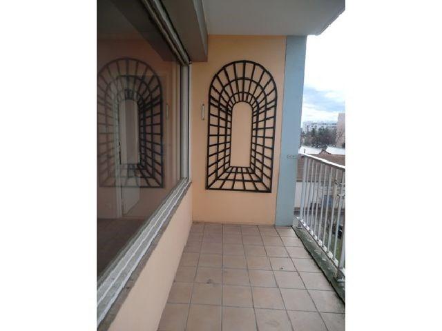 Rental apartment Chalon sur saone 542€ CC - Picture 2