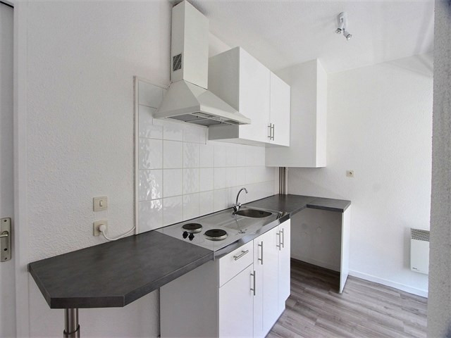 Rental apartment Annecy 560€ CC - Picture 3